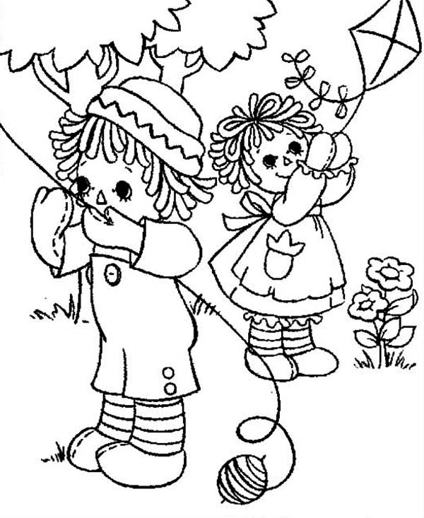 - Raggedy Ann And Andy Playing Kite Coloring Page - NetArt