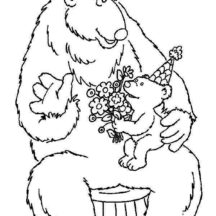 Bear inthe Big Blue House Accept Flower from Ojo Coloring Pages