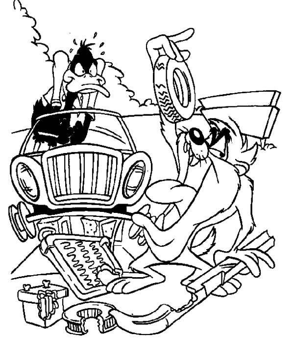 Daffy Duck Fixing Broken Car Coloring Pages