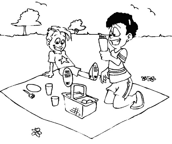 Family Picnic in Summer Coloring Pages