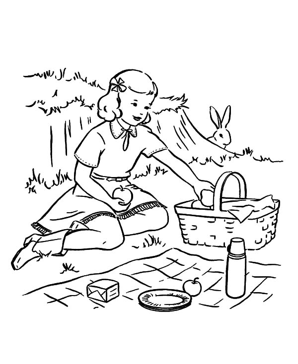 I Bring a Basket of Apple at Family Picnic Coloring Pages
